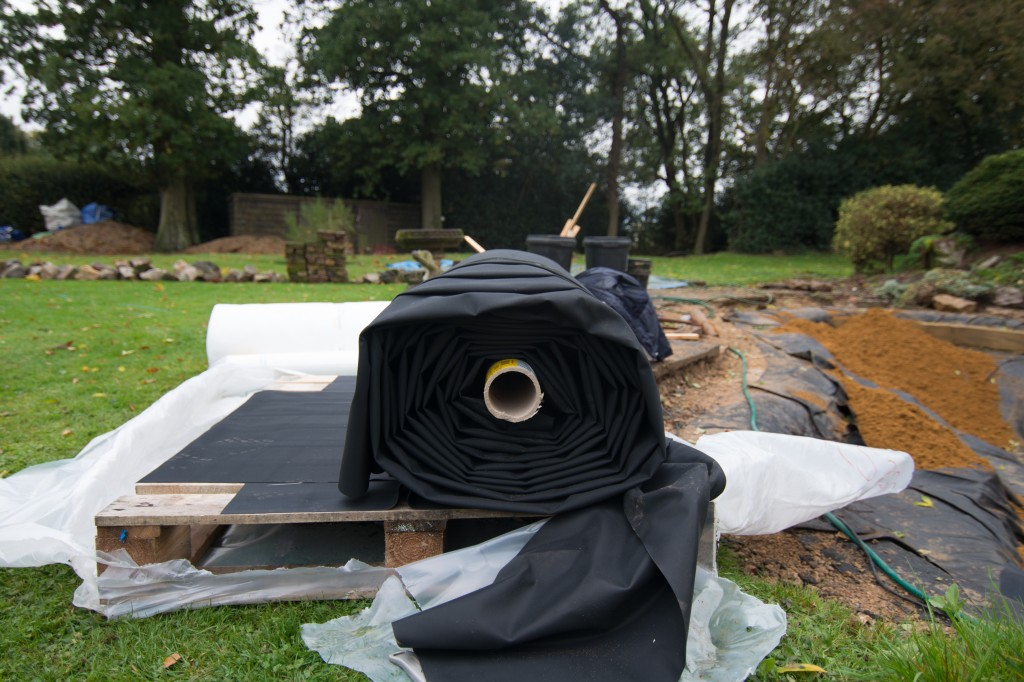 Pond Refurbishment Kinsbourne Green Part 3 Maltby